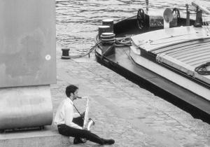 Quai on the Seine, Paris (920611-8)-2